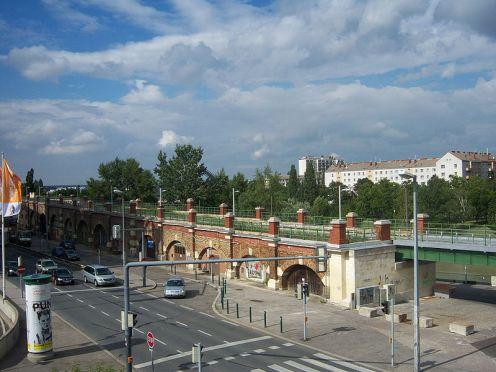 800px-U6_Friedensbrücke2