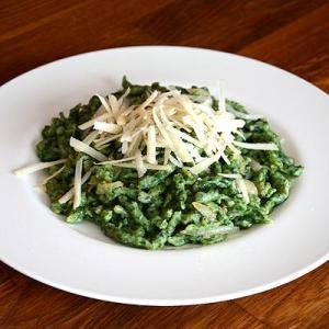 Spinarspätzle-mit-Lauchgemüse-dazu-Chinakohlsalat